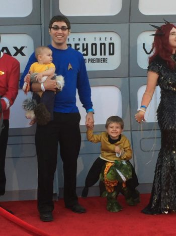 Josh Morgan and kids at the Star Trek Beyond movie premiere