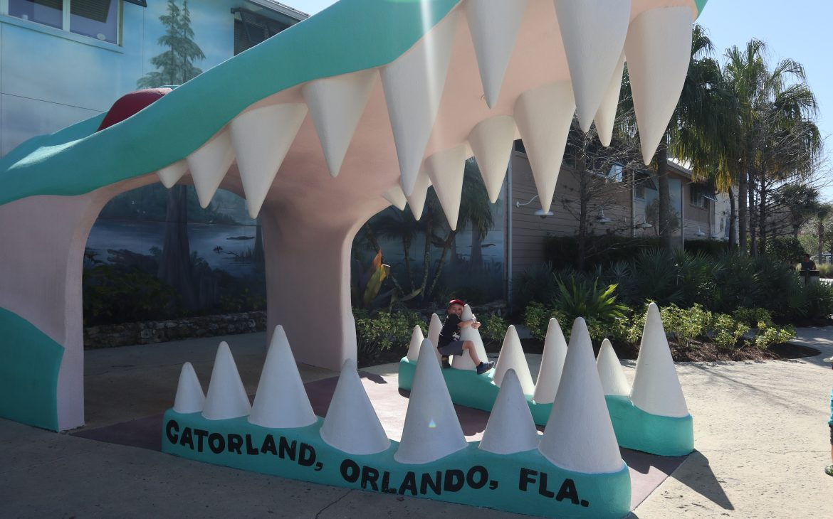 The entrance to Gatorland with fake gator teeth